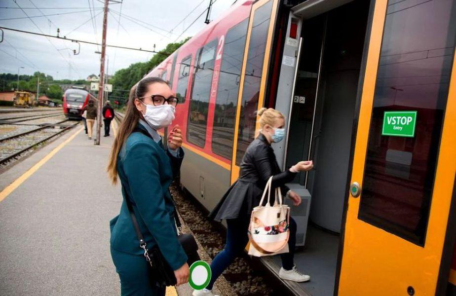 Slovenia este prima țară europeană care a declarat sfârșitul epidemiei de coronavirus și a decis să deschidă granițele Credit Image: © Luka Dakskobler/SOPA Images via ZUMA Wire)