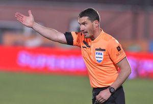 3 faze controversate în CS U Craiova - CFR: penalty EVIDENT neacordat de Kovacs! Verdictele specialistului