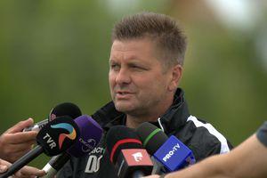 """Dusan Uhrin a răbufnit, în ziua reunirii lui Dinamo: """"Spuneți-mi cine e șeful aici"""""""