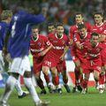 În urmă cu 15 ani, Dinamo umilea Everton la București, scor 5-1. Sursă foto: Arhivă Gazeta Sporturilor
