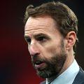 Gareth Southgate, selecționerul Angliei, 50 de ani, le-a ascuns jucătorilor că a luat virusul în octombrie. A prezentat simptome și s-a autoizolat zece zile.