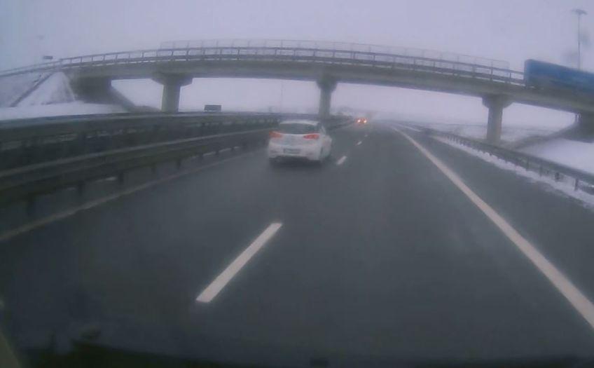 Accident evitat în ultimul moment pe Autostrada A3 Gilău-Turda!