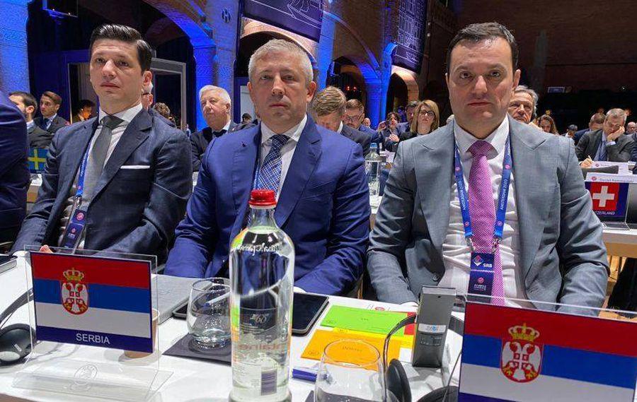 UPDATE 3 cazuri de coronavirus la tragerea la sorți a Ligii Națiunilor » Trimișii FRF, inclusiv Mirel Rădoi și Răzvan Burleanu, au intrat în izolare