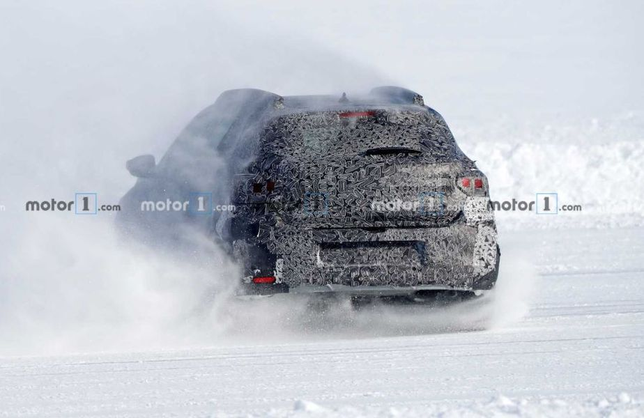 Dacia Sandero 2021 // Foto: motor1.com