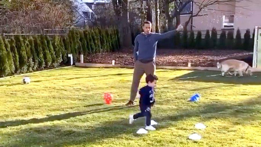 Lewandowski și Thiago, de la Bayern, stau acasă, dar nu degeaba » Fitness cu copiii