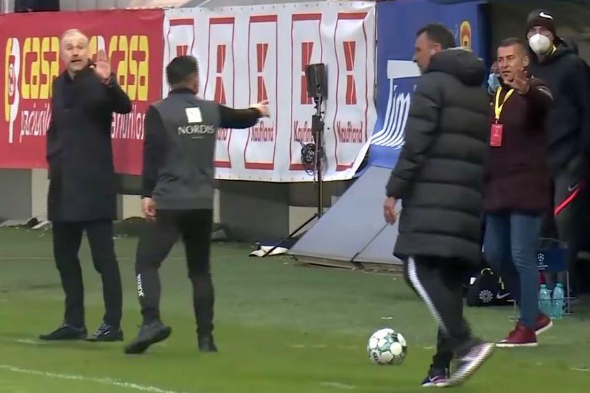 Momentul disputei dintre Edi Iordănescu și Toni Petrea // foto: captură @ Telekom Sport