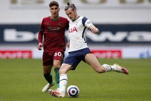 Theodor Corbeanu a debutat în Premier League, sub ochii lui Bale și Harry Kane
