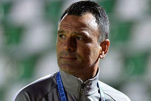 """SEPSI- FCSB 2-2. Toni Petrea, iritat: """"Dacă patronul a spus asta, de ce mă mai întrebați pe mine?"""""""