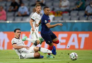 Trei PONTURI pentru meciurile de azi de la EURO 2020! Unde se dau goluri multe și ce cote poți să prinzi la pariuri