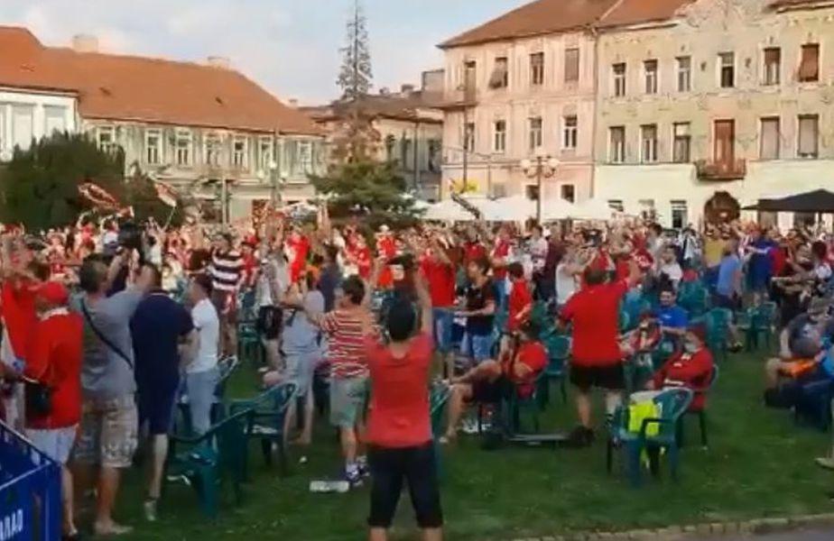 500 de suporteri au urmărit meciul UTA - Petrolul 1-1 în Piața Avram Iancu