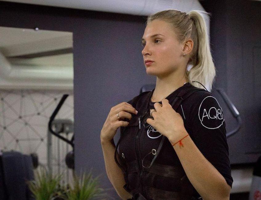 Simona Halep (28 de ani, 2 WTA) a învins-o în turul doi de la WTA Roma pe Jasmine Paolini (24 de ani, 99 WTA), scor 6-3, 6-4. Va juca în turul următor cu ucraineanca Dayana Yastremska (20 de ani, 29 WTA).