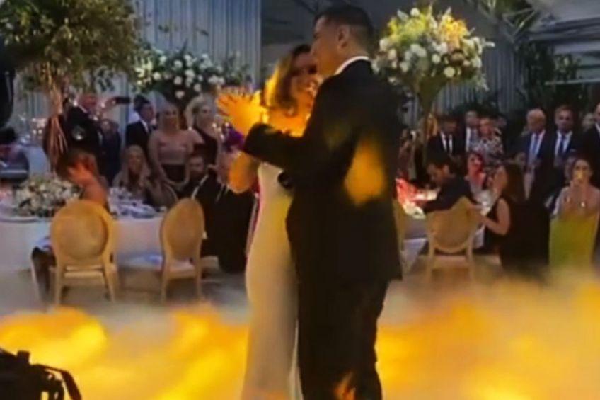 Simona Halep a fost cea care a publicat pe contul său de Instagram imagini de la dansul mirilor