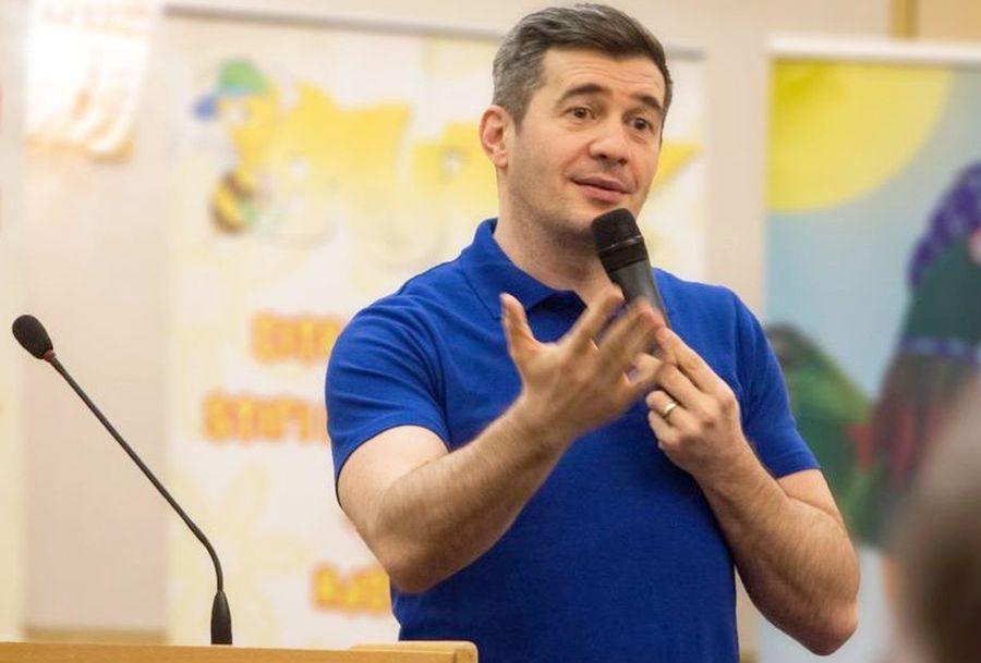 """Surpriză de proporții! Comentator """"importat"""" din politic de Prima TV la FCU Craiova - FCSB: """"Sunt sferturi de fotbaliști, oricine îi poate comenta"""""""