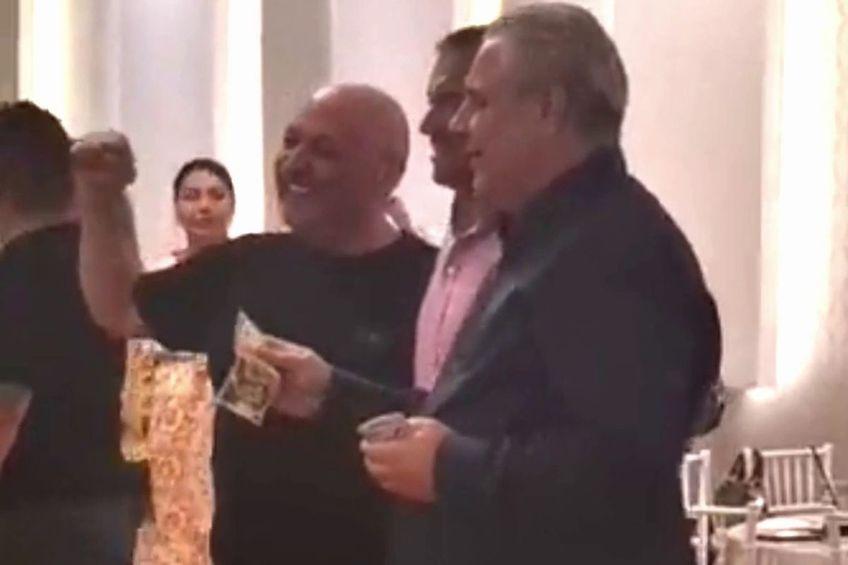 Marius Șumudică a fost într-o formă de zile mari la petrecerea dată de Gigi Corsicanu.