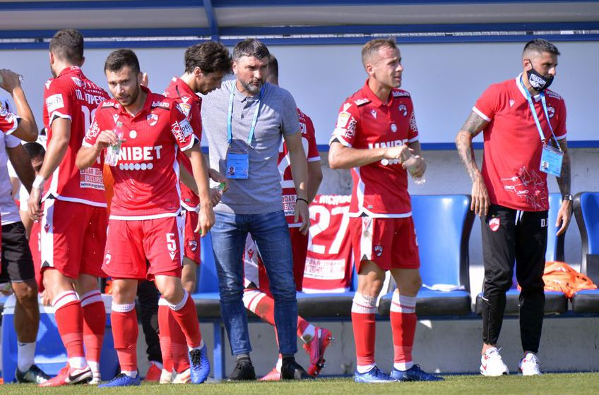Adrian Mihalcea a antrenat-o pe Dinamo pentru 7 meciuri
