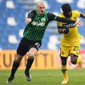 Vlad Chiricheș în Sassuolo - parma // FOTO: Captură Digi Sport