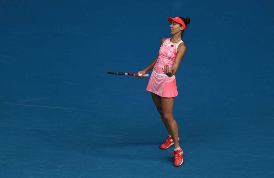Mihaela Buzărnescu (32 de ani, 138 WTA) a fost eliminată, duminică, în primul tur de la Phillip Island Trophy (Melbourne) de Jil Belen Teichmann (23 de ani, 58 WTA), scor 7-6(5), 3-6, 3-6. Confruntarea a produs și un conflict.