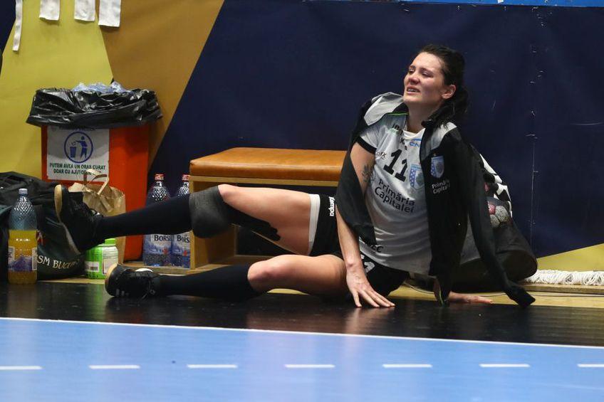 Gabriela Perianu în lacrimi după ce s-a accidentat FOTO Marius Ionescu