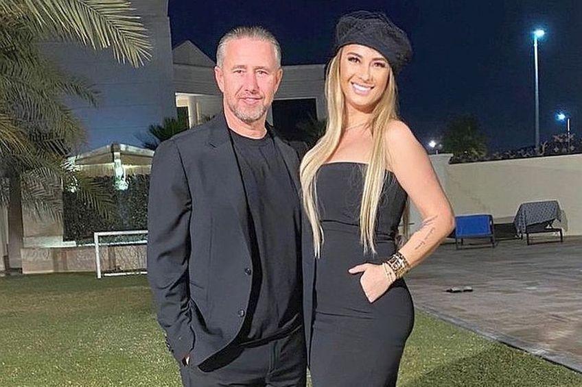Laurențiu Reghecampf (45 de ani) și Anamaria Prodan (48)