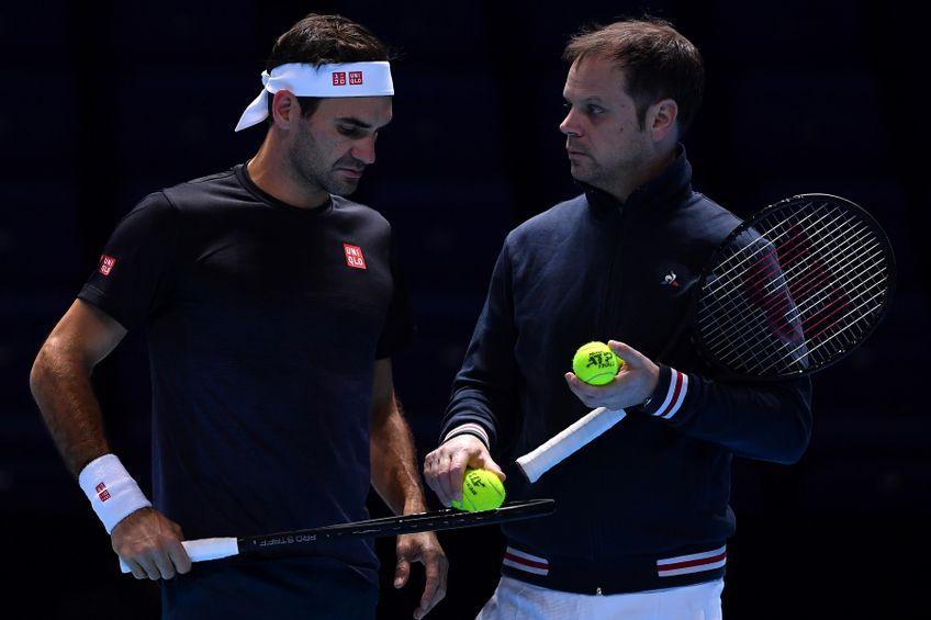 Roger Federer și Severin Luthi  la un antrenament FOTO Guliver/GettyImages