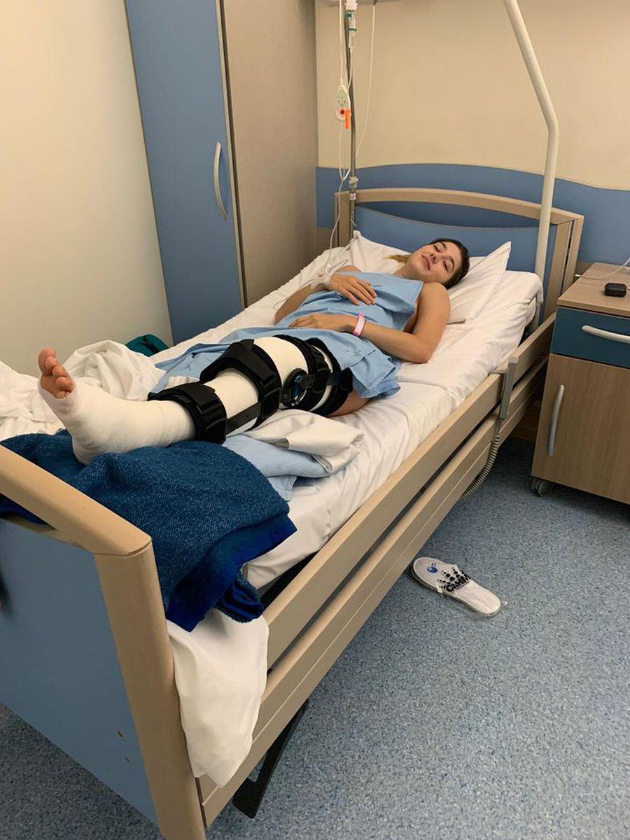 Denisa Vâlcan imediat după operația de ligamente FOTO CSM București