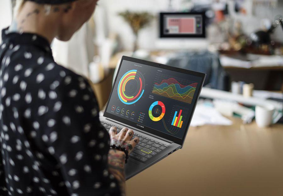 Laptopul potrivit pentru școală online: trei modele ASUS pentru elevi