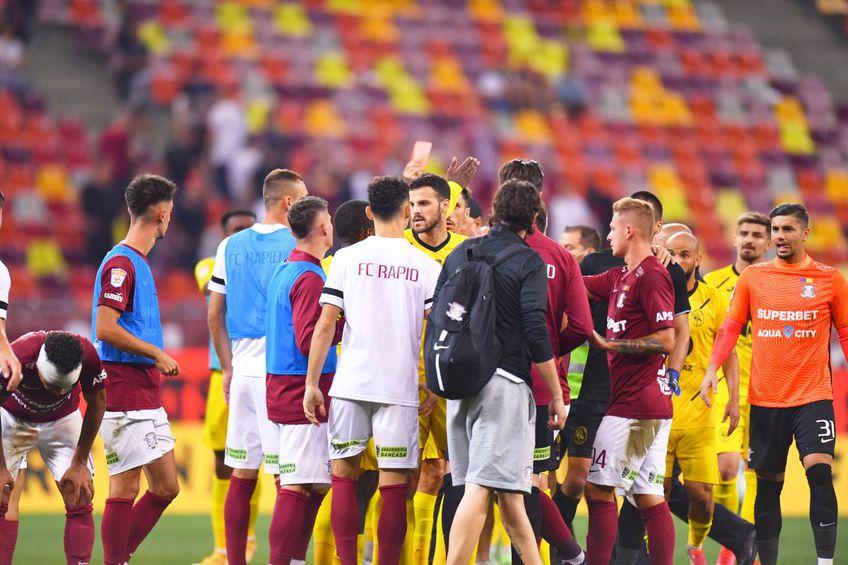 Alexandru Albu (28 de ani) a acuzat arbitrajul brigăzii lui Lucian Rusandru, după Rapid - Gaz Metan Mediaș, scor 1-2.