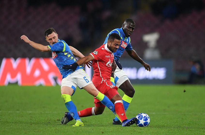 Ebecilio, în tricoul celor de la Steaua Roșie, într-un meci cu Napoli