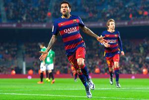 """Dani Alves și-ar dori să revină la Barcelona: """"Sunt la dispoziția lor!"""""""
