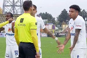Gol controversat la Pitești! Asistentul a ridicat inițial fanionul, dar reușita a fost validată » Hagi, un car de nervi