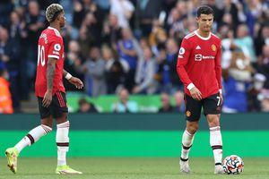 """Manchester United, prima mare criză » Gary Neville, extrem de tăios: """"N-aș vrea să joc într-o asemenea echipă"""""""