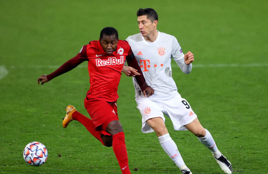 Mohamed Camara, în duel cu Robert Lewandowski