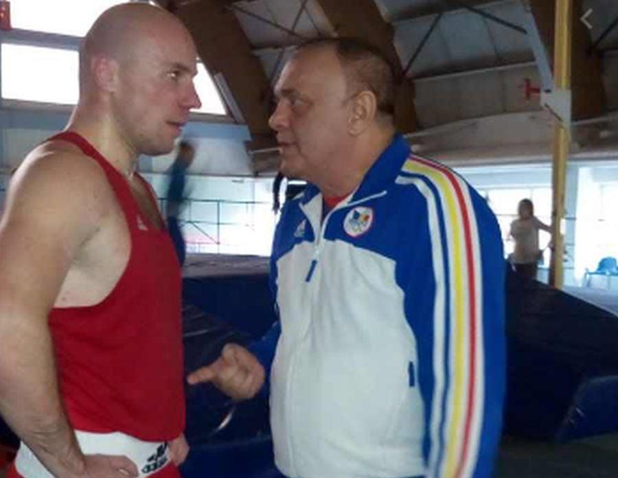 Vitalie Mârza (stânga) e puglistul acuzat că l-a bătut pe Mihai Oprea / FOTO: SCM Bacău