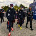Max Verstappen, Sergio Perez și Lewis Hamilton FOTO Imago