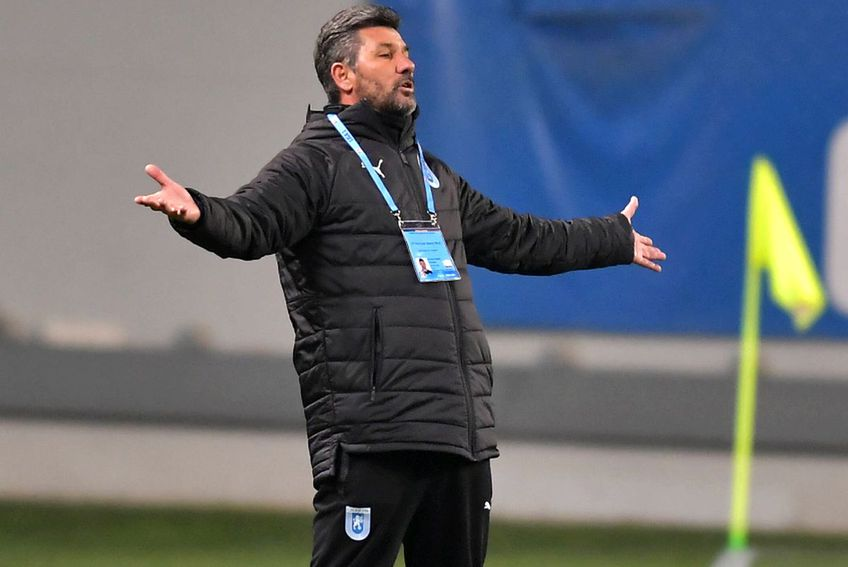 Marinos Ouzounidis, antrenor CS Universitatea Craiova // foto: Imago