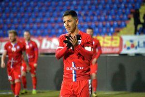 L-au transferat și pe el înaintea meciului?! Scos din lot pentru că ar fi semnat cu CFR Cluj!
