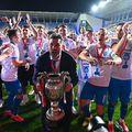 CS Universitatea Craiova a anunțat despărțirea de fundașul central Stephane Acka (30 de ani).