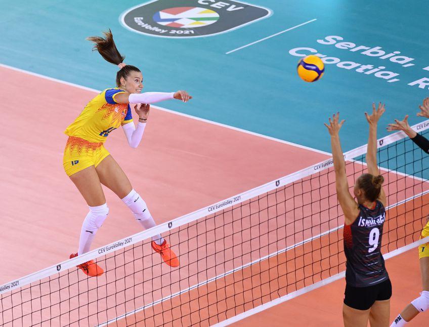 Naționala de volei feminin a României debutează astăzi la Campionatul European, împotriva reprezentativei Turciei. Partida este programată la ora 20:30 și poate fi urmărită în format liveSCORE pe GSP.ro și televizat pe Telekom Sport.