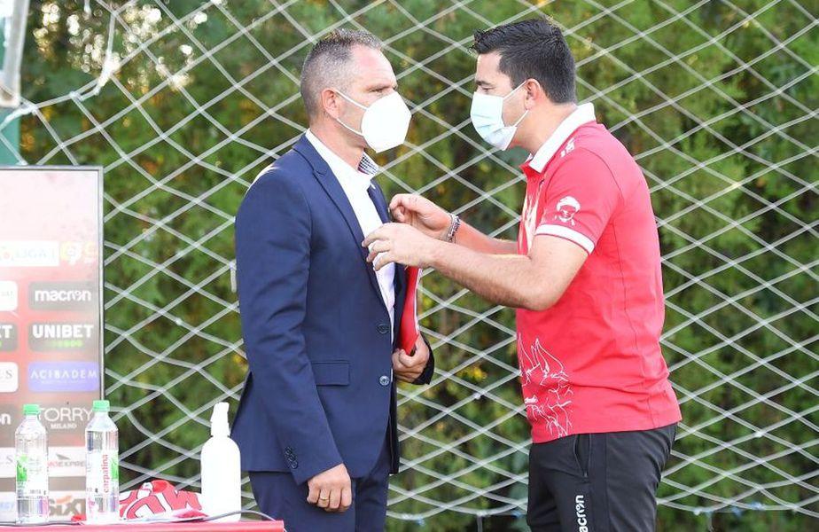 Dinamo joacă luni, de la ora 21:00, în deplasare, cu Gaz Metan Mediaș. Cosmin Contra (43 de ani) așteaptă în continuare întăriri.