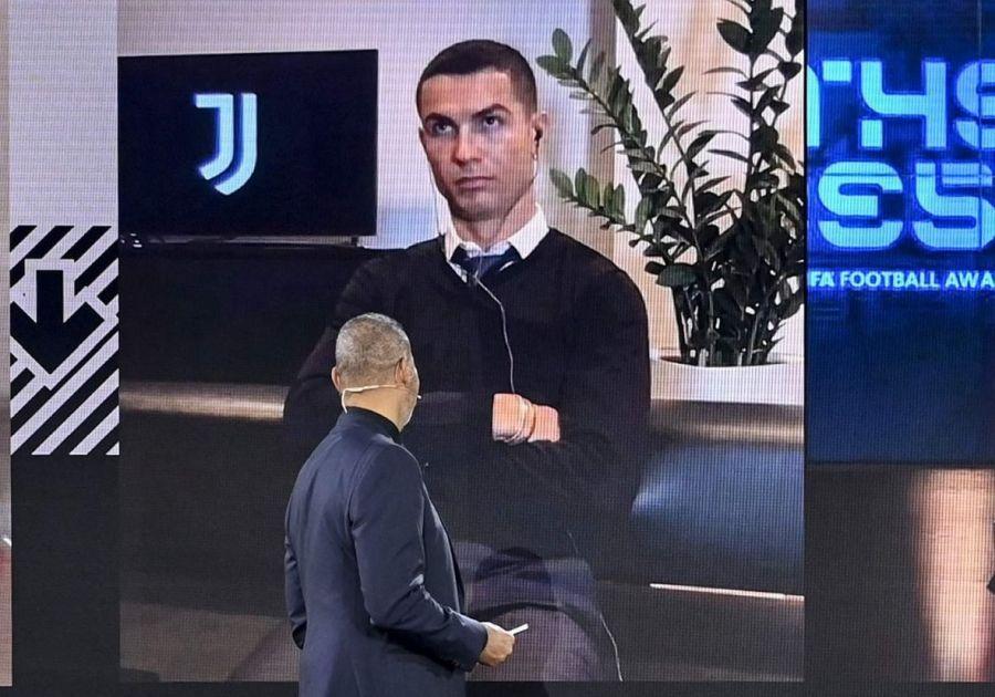 """Cristiano Ronaldo, voturi total surprinzătoare la gala """"The Best"""" » Pe cine a ales Lionel Messi"""