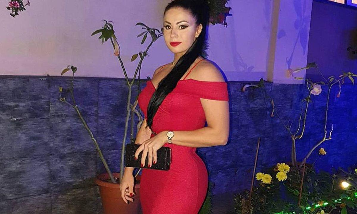 GALERIE FOTO Grigoriu Maria-Luana, bomba sexy de la haltere