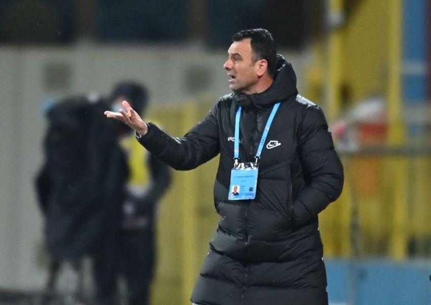 Gigi Becali a lăsat să se înțeleagă că Toni Petrea nu va continua la FCSB, dacă ratează titlul în acest sezon. Patronul liderului crede că lupta se dă doar cu CFR Cluj și că Sepsi e singura formație care poate pune piedici.