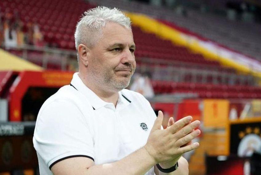 Marius Șumudică, fost jucător și antrenor al Rapidului, este deranjat de jocul giuleștenilor cu FC U Craiova, 0-1, dar și de atitudinea tehnicianului Mihai Iosif.