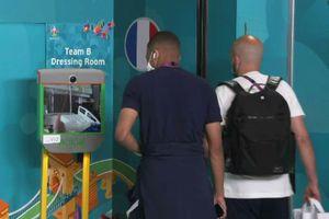 Imagini emoționante! Ce au făcut vedetele Franței înainte de meciul cu Ungaria