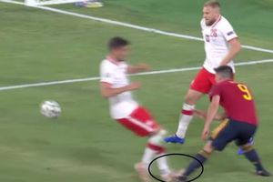 VAR, intervenție în favoarea Spaniei la meciul cu Polonia! Anglia nu a primit penalty la o fază similară