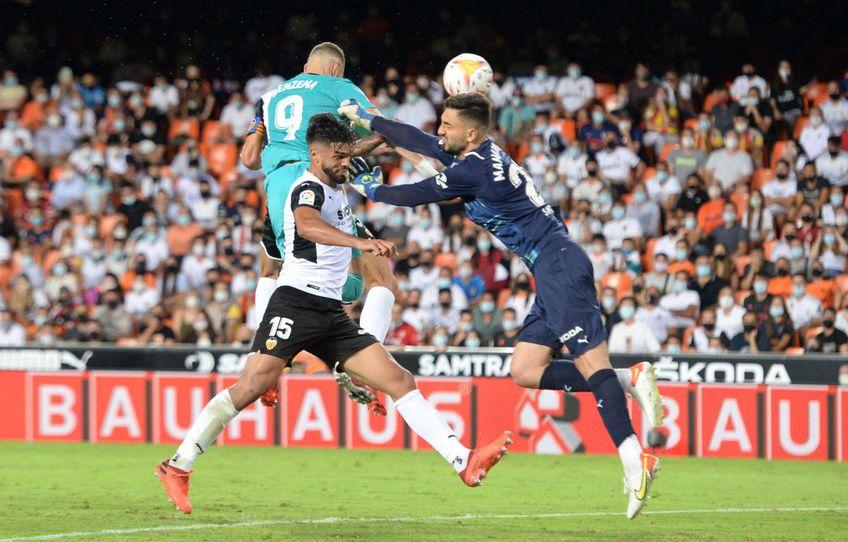 Real Madrid a învins-o pe Valencia, scor 2-1, în runda cu numărul 5 din La Liga.