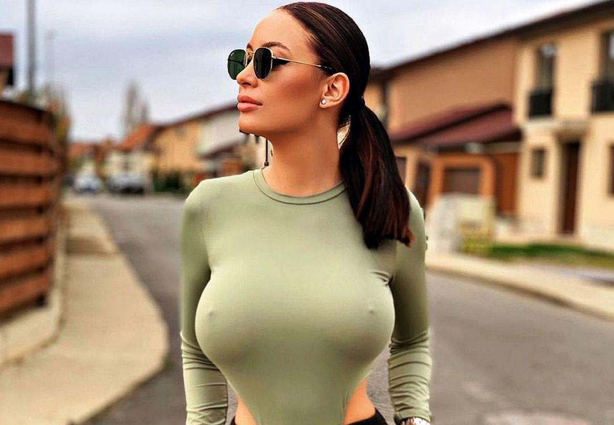 """GALERIE FOTO """"Vi se pare atât de incitant?"""" » Sexy-avocata din Cluj, declarații incendiare: """"Nu joc doar tenis, mai experimentez și alte activități pentru curajoși"""""""