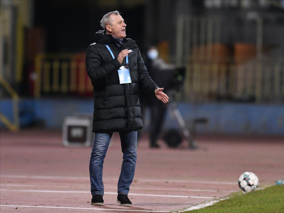 """Mircea Rednic, devastator: """"La fiecare fază cădea câte unul: targă, cârcei. Am 3 portari, poate fac unul bun din ei"""""""