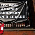 Mesaje de protest afișate de fanii lui Liverpool la intrarea în stadion. Foto: IMAGO