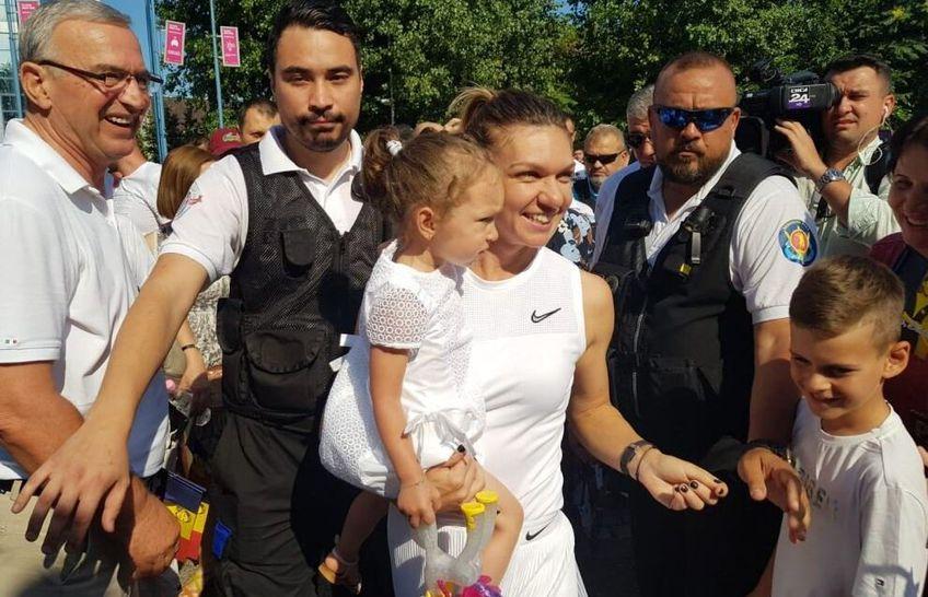 Simona Halep (28 de ani, 2 WTA) este mătușă de băiețel